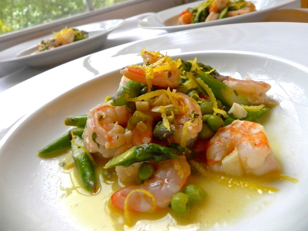 lemon garlic shrimp with baby peas