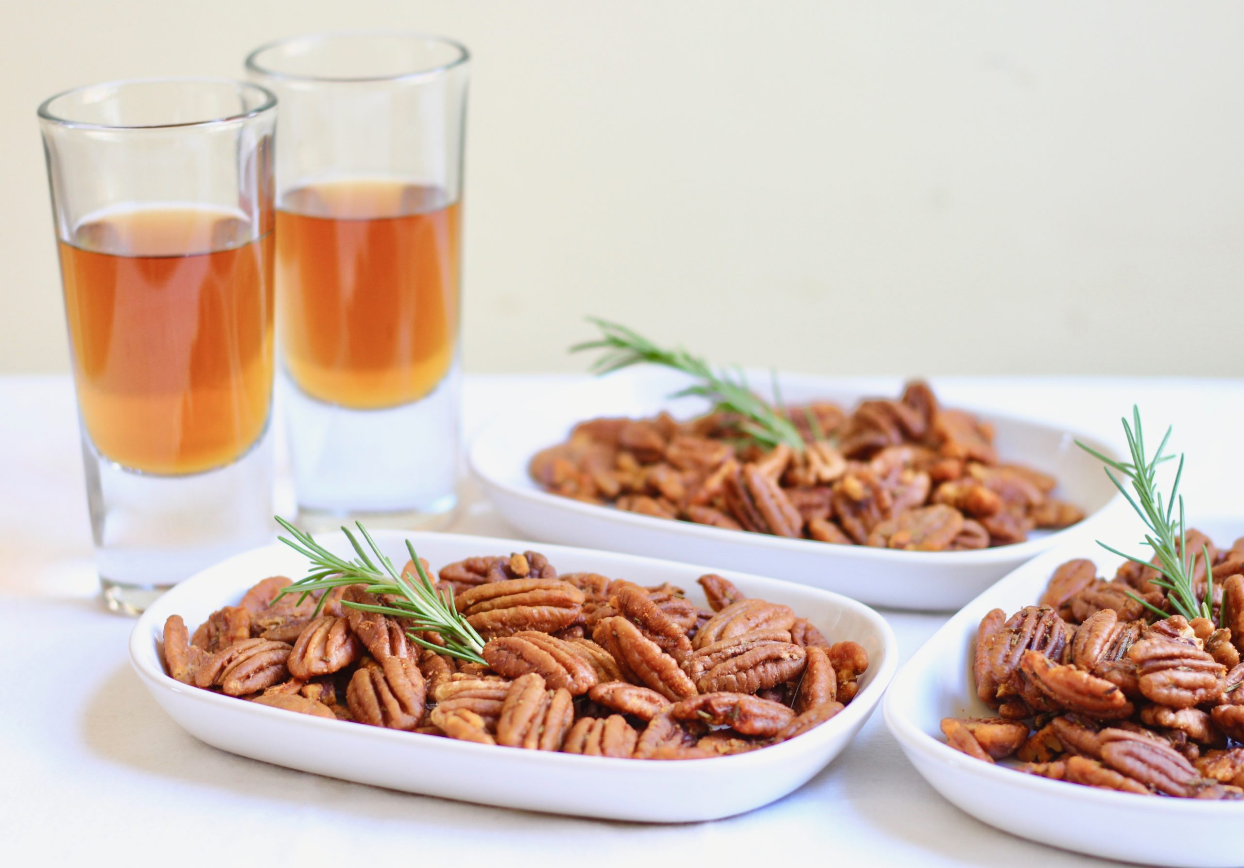 smoky rosemary roasted pecans