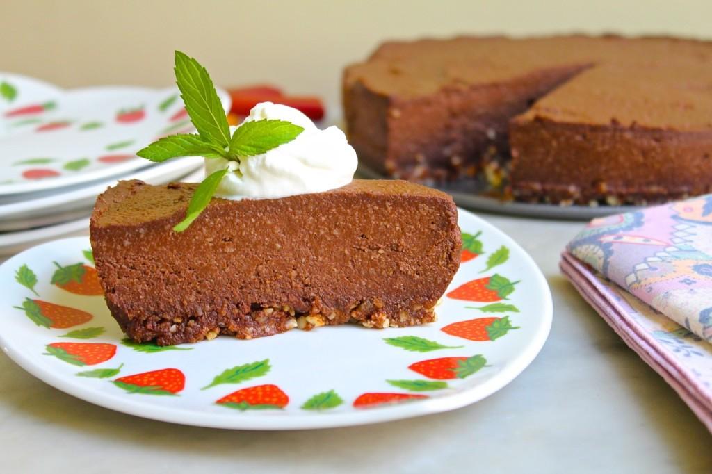 vegan chocolate cashew cheesecake