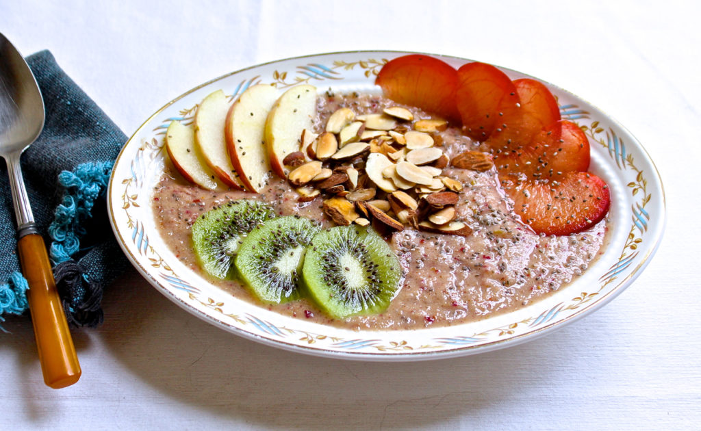 apple plum smoothie bowl