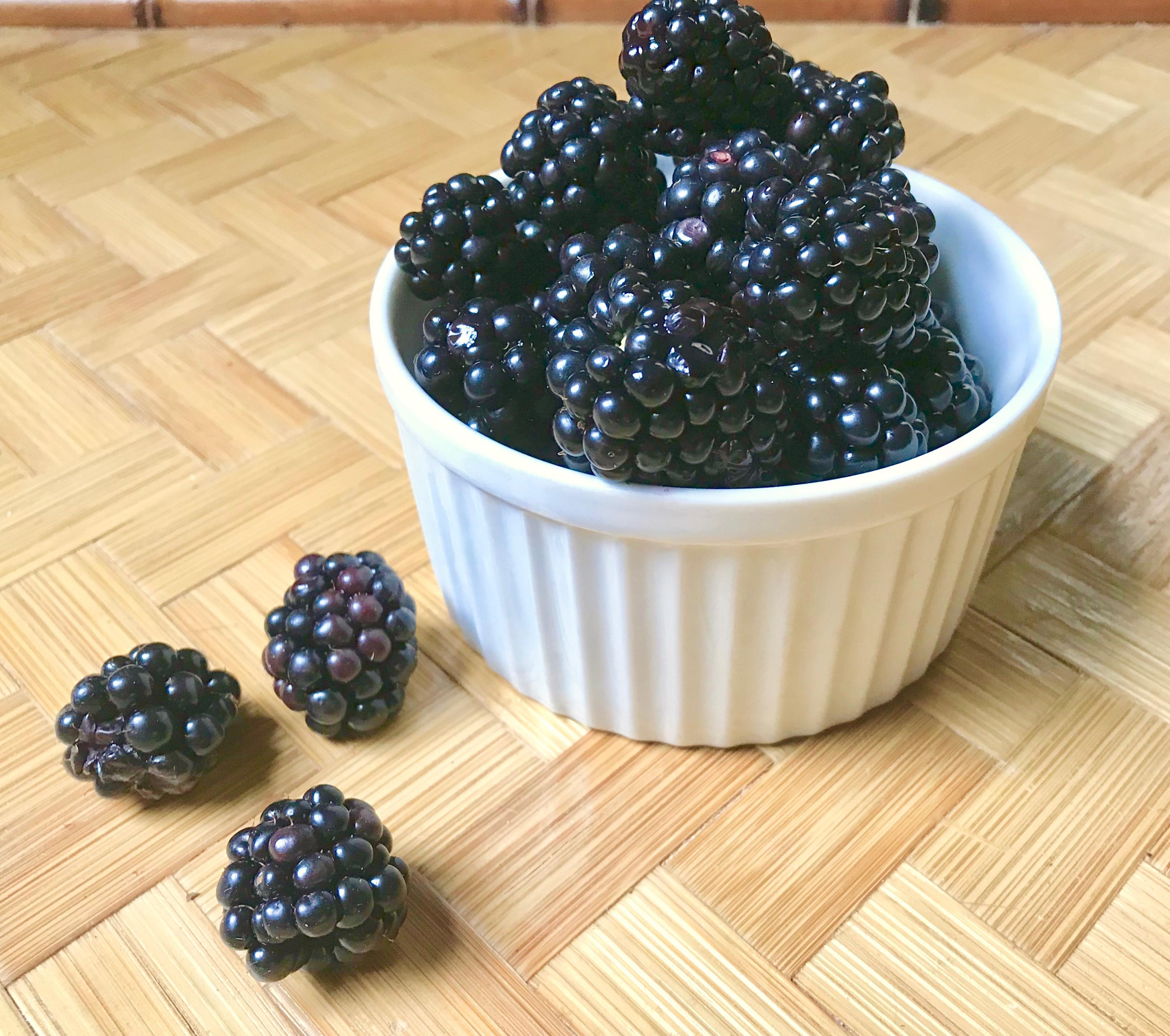 blackberry butter pecan ice cream