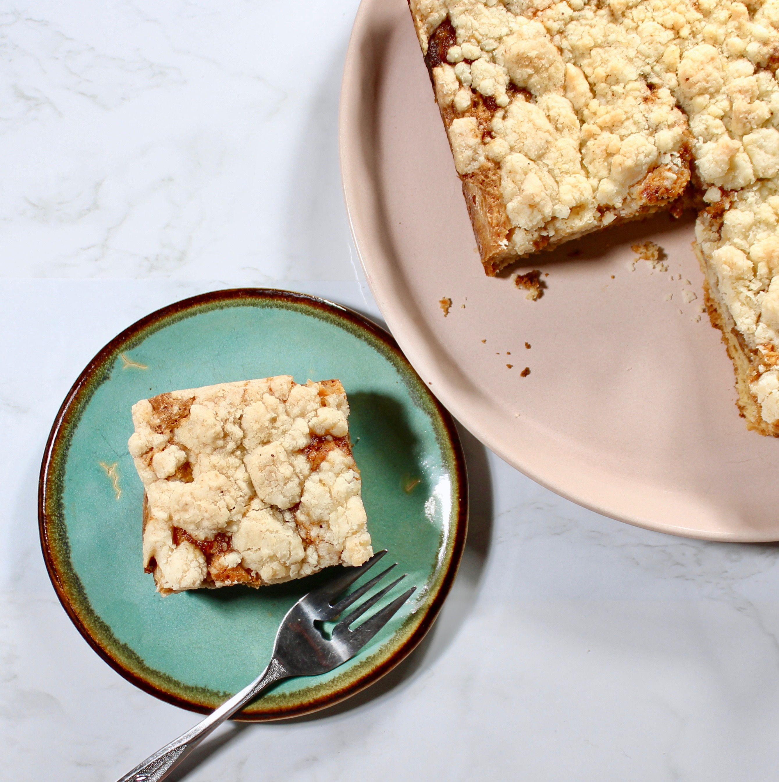 slice of apple butter streusel cake