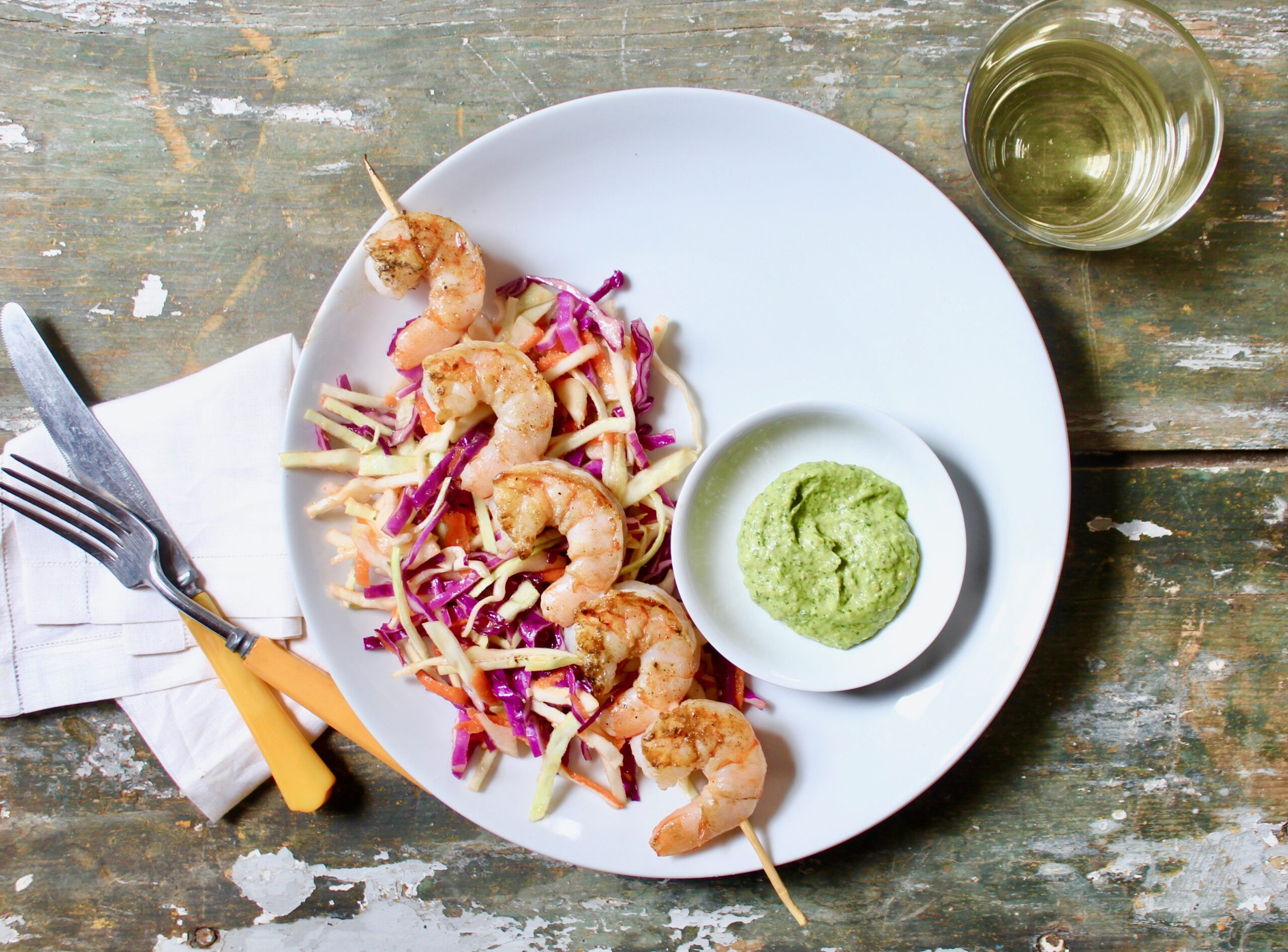 grilled shrimp with herbed pistachio sauce