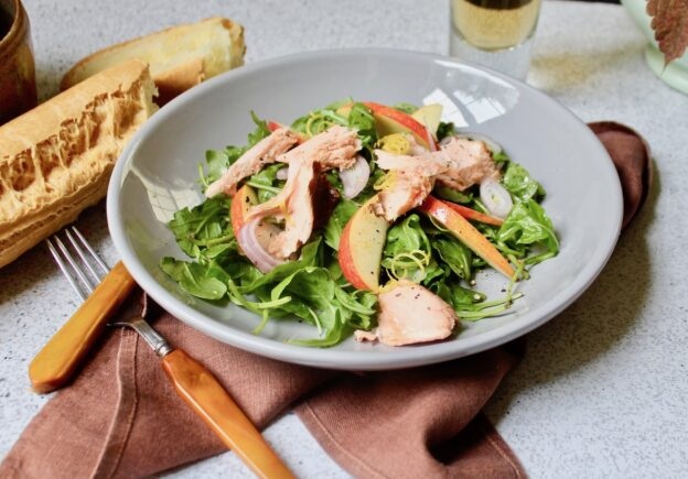 smoked salmon apple salad