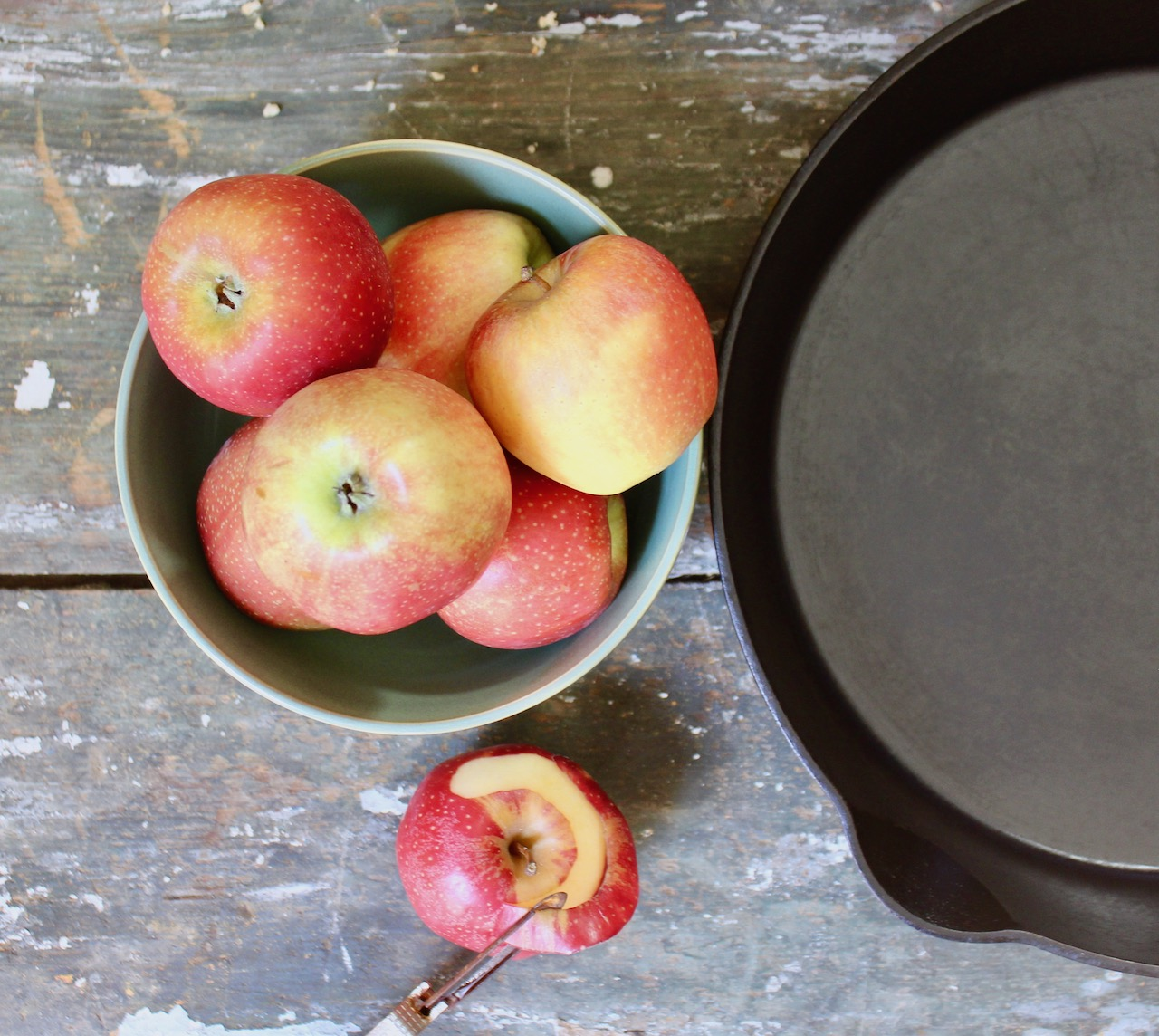 apples and skillet