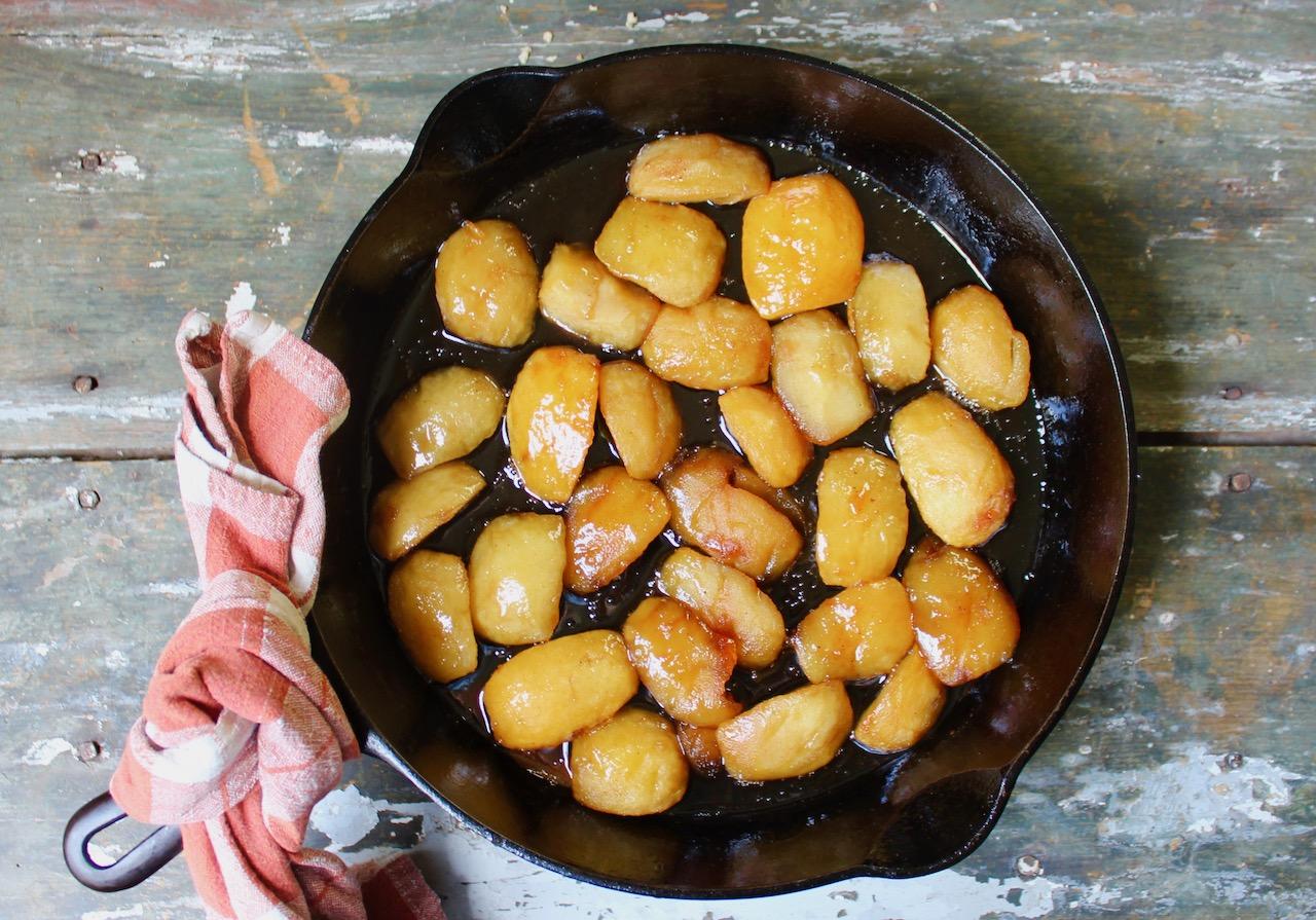 caramelized apples in skillet