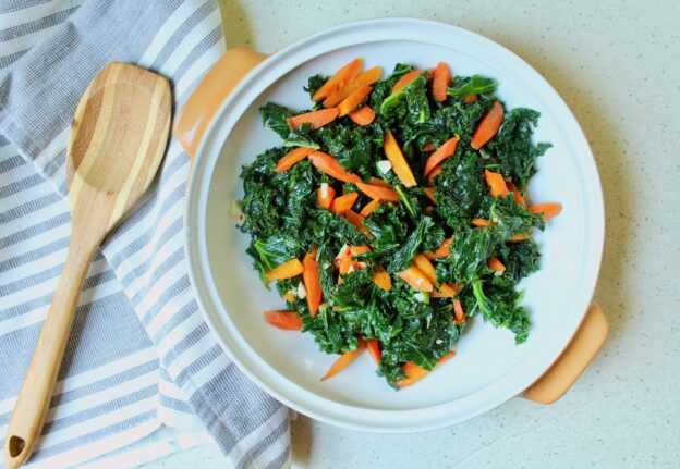 garlicky kale and carrots