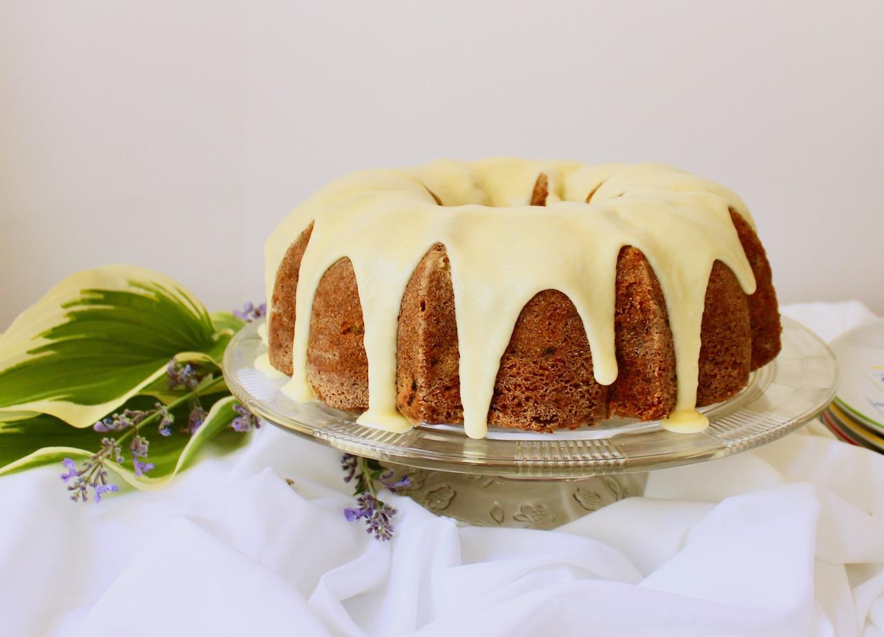 whole rhubarb poppyseed cake