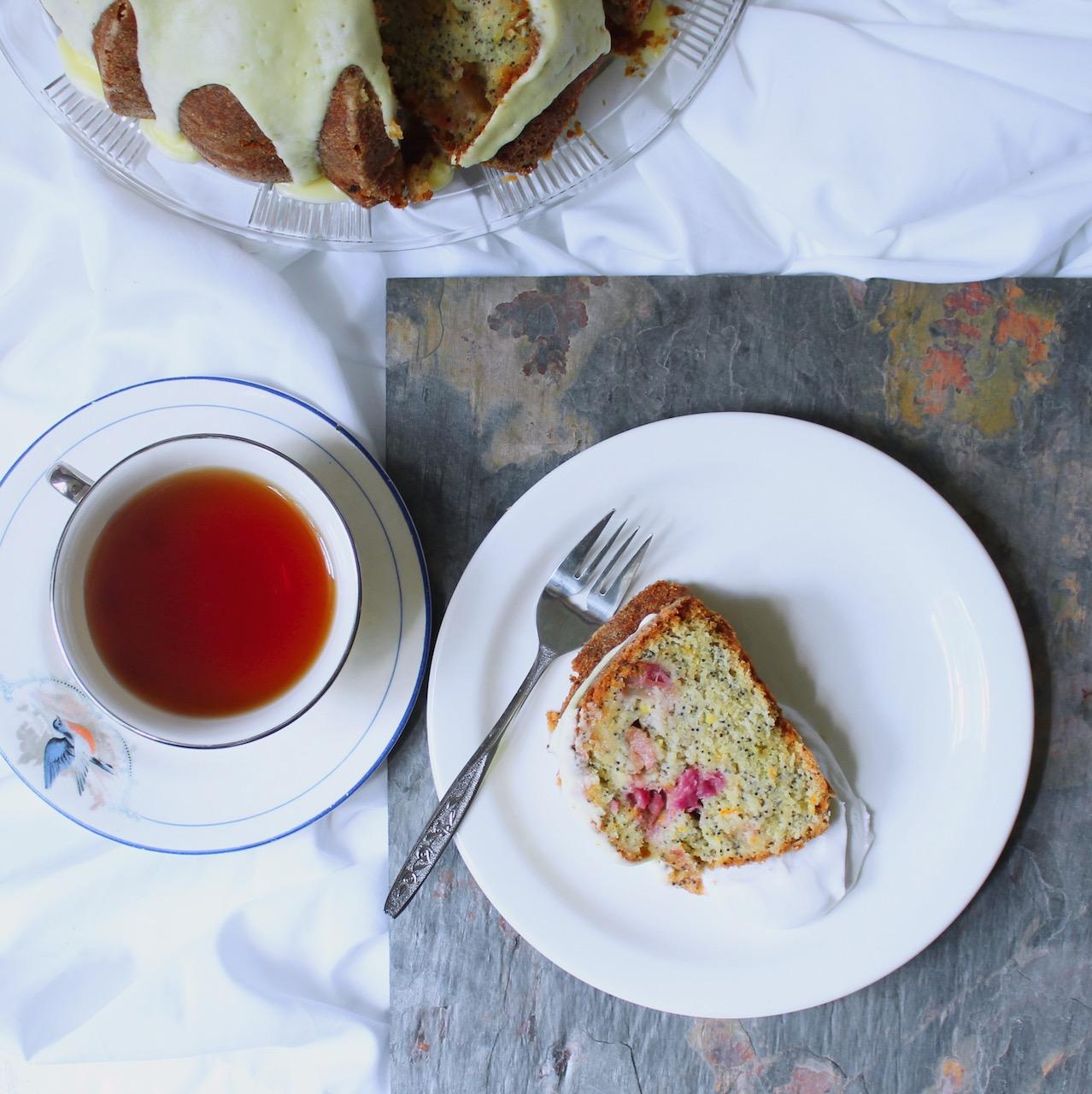 rhubarb poppyseed cake with cup of tea