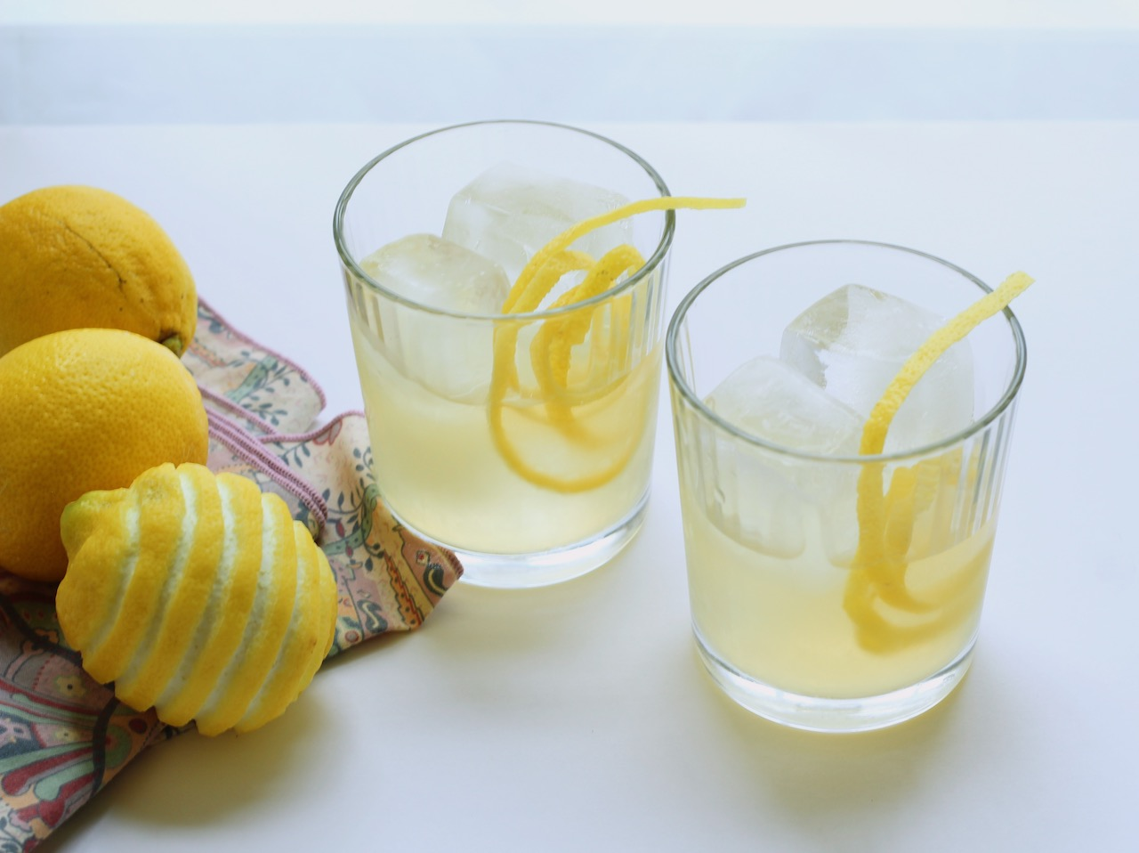 lemon ginger vodka cooler